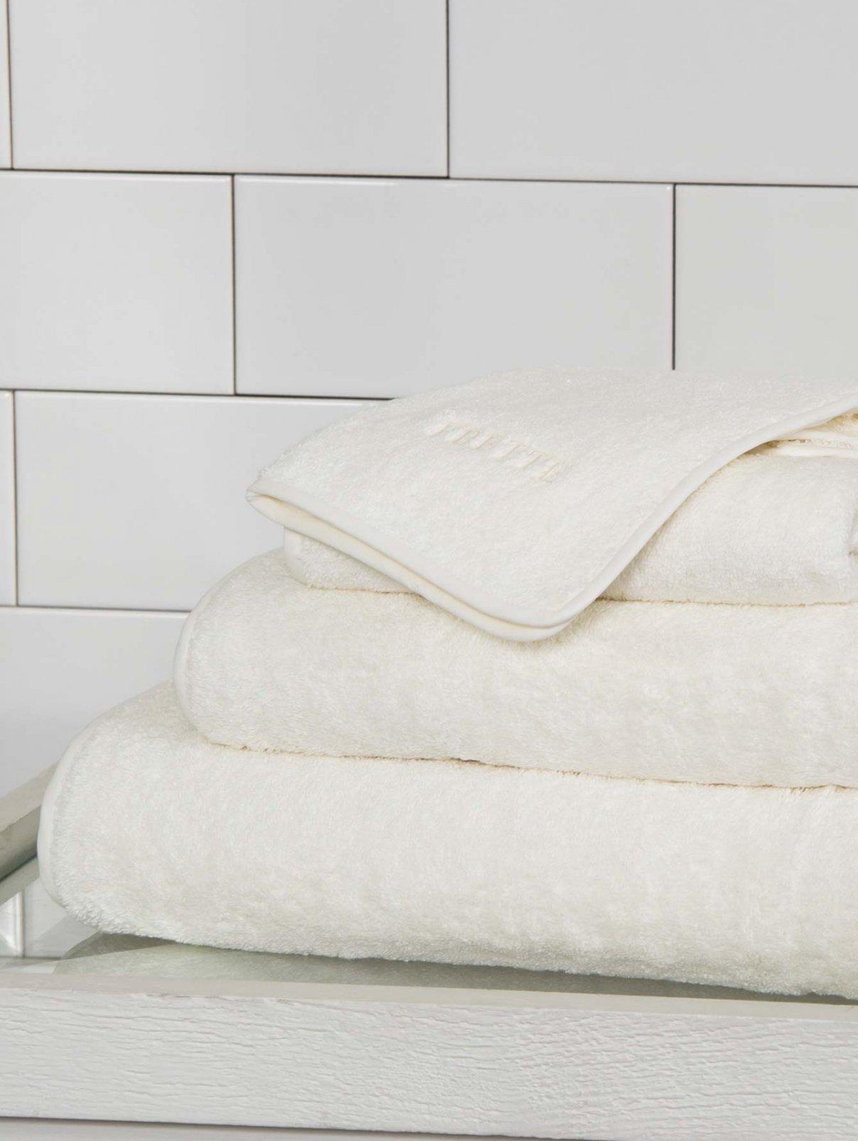Полотенце 60 x 110 см SOLID TOWEL Frette  –  Общий вид