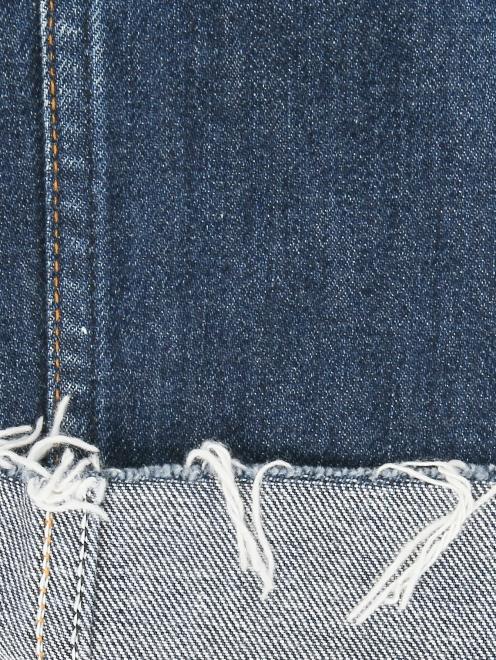 Укороченные джинсы с декоративной отделкой - Деталь2