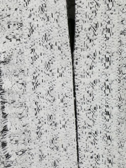 Пальто с кружевной отделкой - Деталь