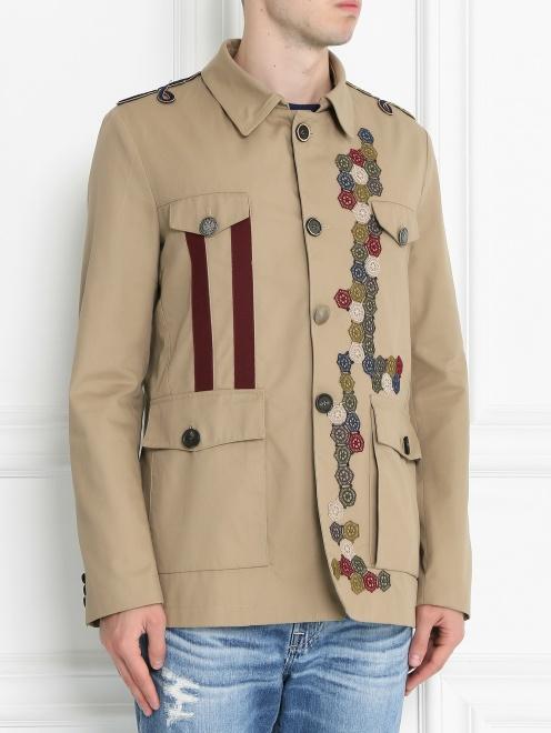 Куртка на пуговицах с аппликацией - МодельВерхНиз