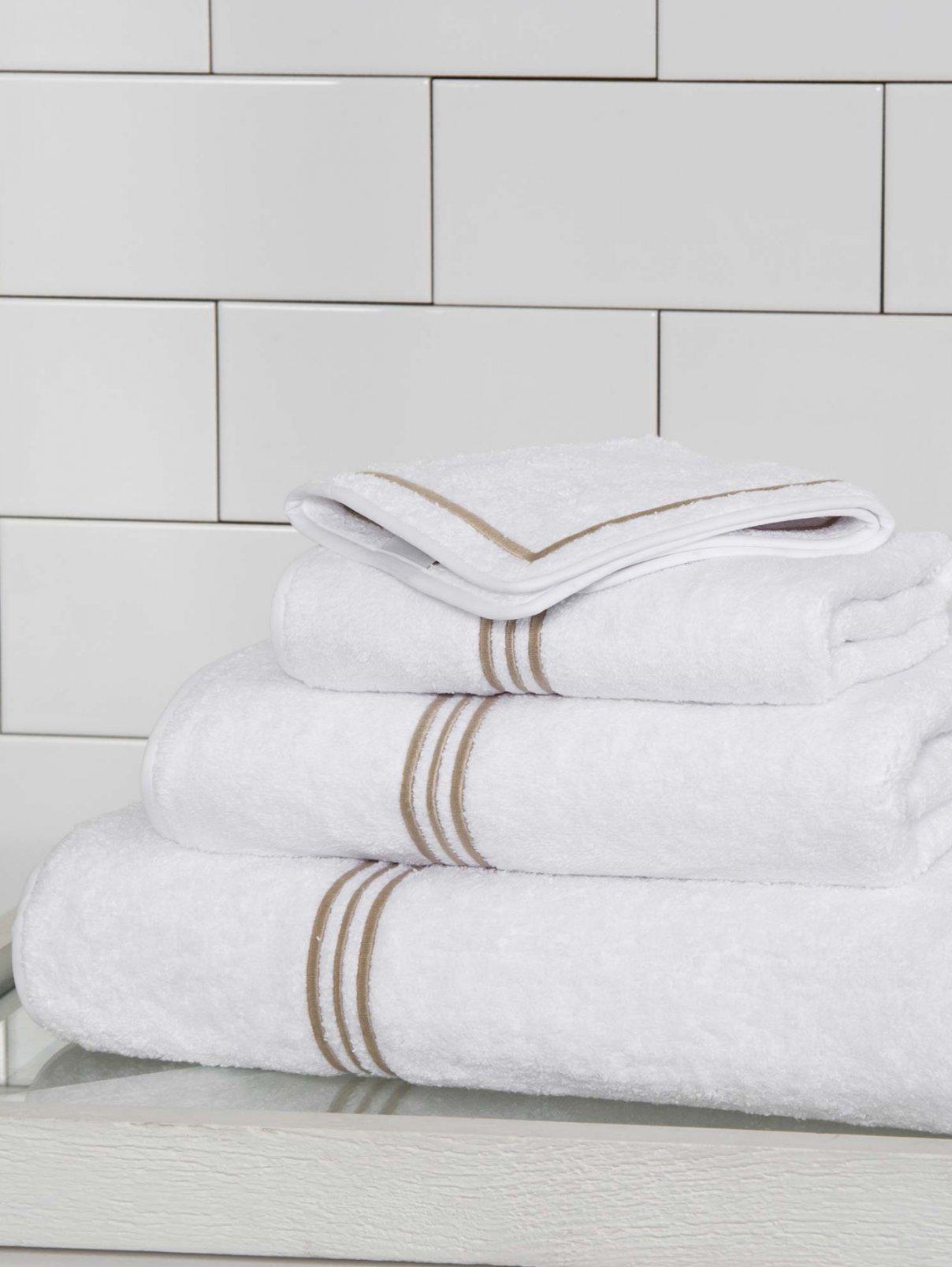 Полотенце банное 100 х 150 смTriplo Bourdon Frette  –  Общий вид
